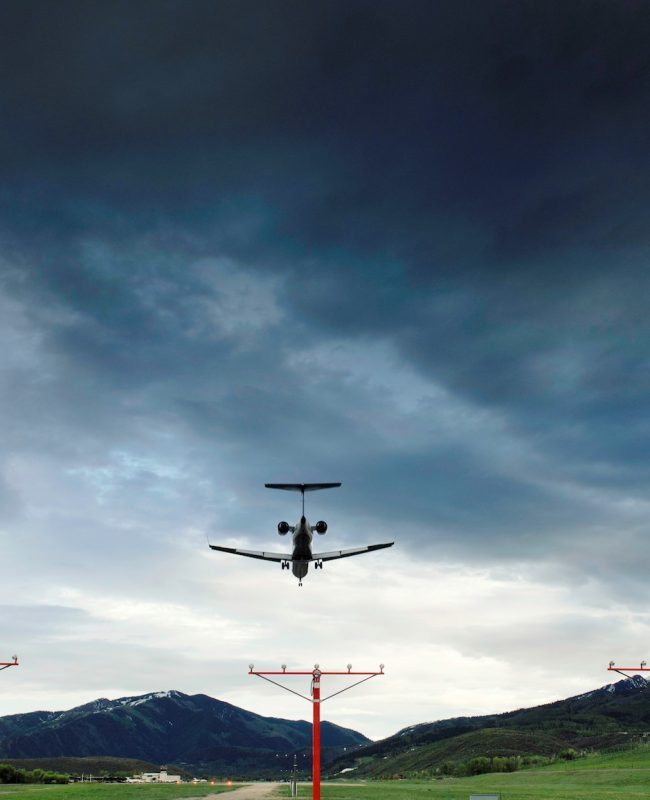 About Aspen Airport